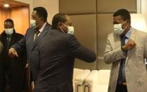 Une délégation de Guinée équatoriale assiste à la table ronde organisée à Paris par la CEMAC