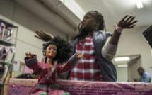 Afrique du Sud - Momppy : la poupée noire face à la blonde Barbie